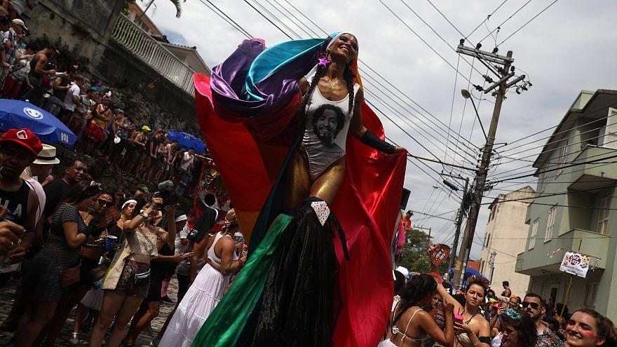 Startschuss für närrisches Treiben in Rio