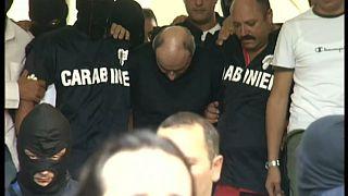 بعد 14 عاما من المطاردة.. القبض على زعيم للمافيا أثناء تناوله الباستا