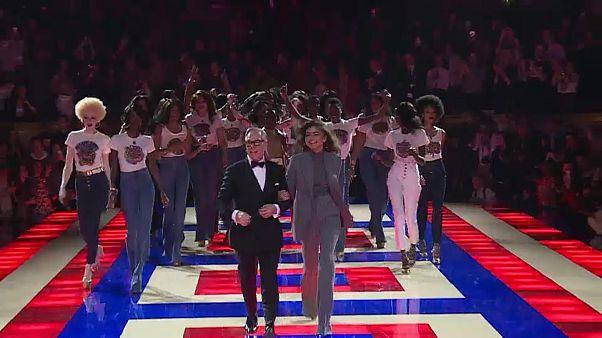 Tommy Hilfiger celebra a diversidade em Paris
