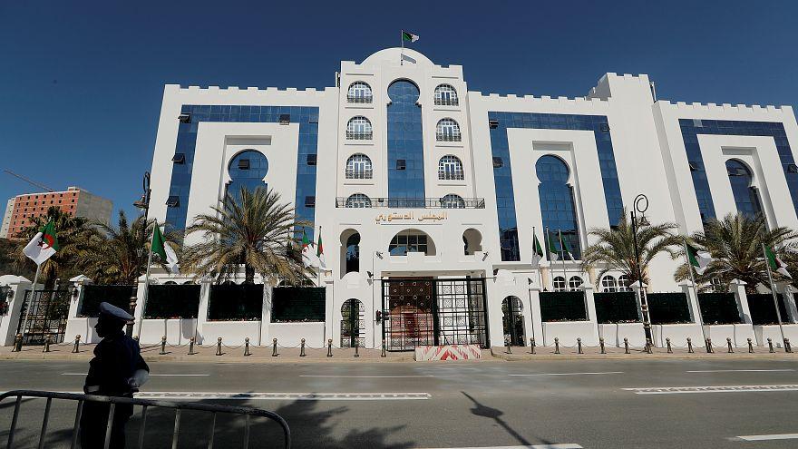 المجلس الدستوري الجزائري المشرف على الانتخابات