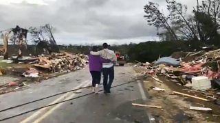 Alabama'da fırtına can aldı