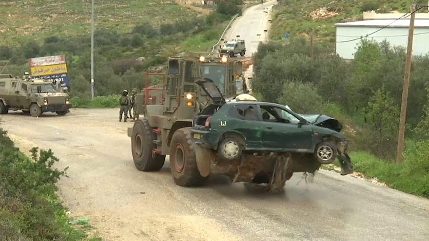 حمله سه فلسطینی با خودرو به نظامیان پیاده اسرائیلی در کرانه باختری