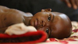 Παιδιά λιμοκτονούν, δίπλα σε διαμάντια και χρυσό