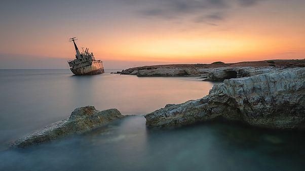 Κύπρος: Το δημοφιλέστερο προσαραγμένο πλοίο της Ευρώπης στην Πέγεια