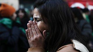Nemzeti gyász a nőkért Portugáliában