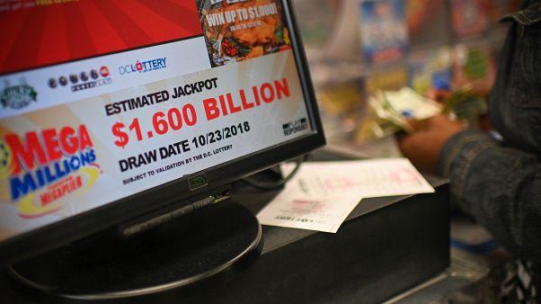 Piyangoda 1,5 milyar dolar tutturdu, 'tek seferde rekor ödül alan' talihli oldu