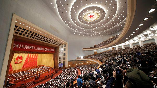 China reduce su previsión de crecimiento