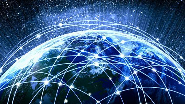 İnternet 30 yaşında: Nasıl başladı, kuralları var mı, kim yönetiyor, 7 anahtar kimde?