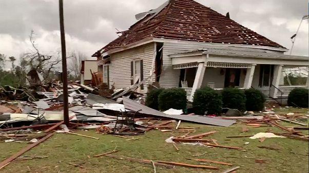 Borzalmas pusztítást végzett a tornádó Alabamában