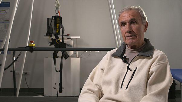 Könnyebb egy olasz férfi élete a robotikus-bionikus műlábbal