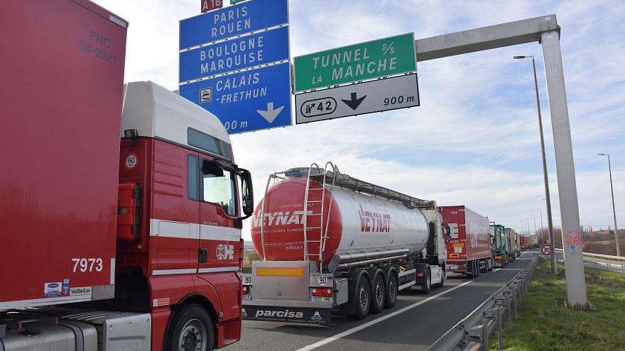 Brexit : les douaniers français poursuivent leur grève du zèle