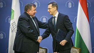 Varga Mihály pénzügyminiszter és Nyikolaj Koszov, az NBB elnöke