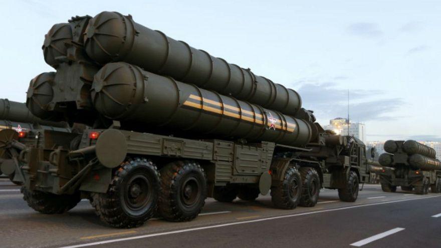 الولايات المتحدة تحذر تركيا من شراء منظومة إس-400 الروسية