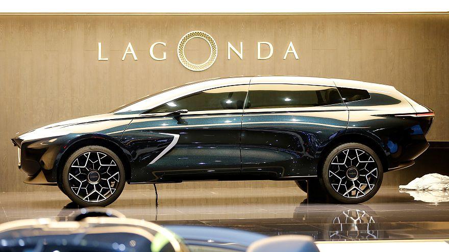 La Aston Martin lancia il SUV elettrico e... vegano: si chiama Lagonda
