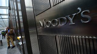 Moody's THY'nin de aralarında bulunduğu 11 Türk şirketin kredi notunu düşürdü