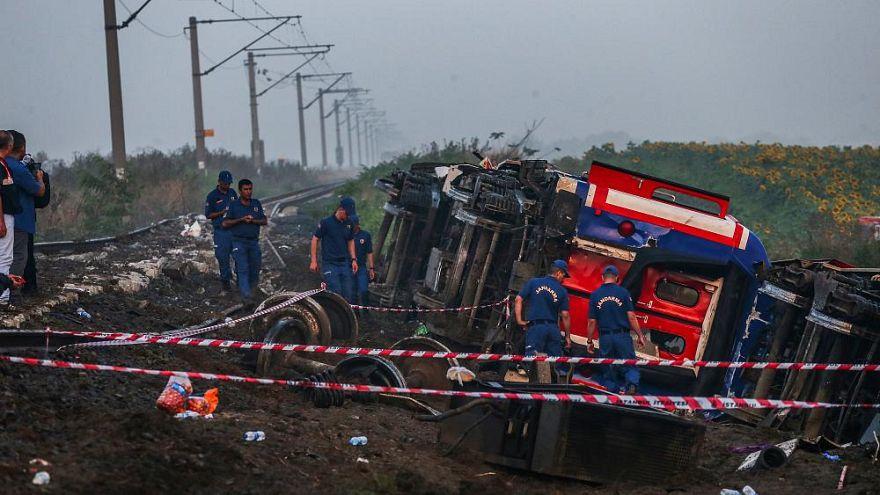 çorluda 25 Kişinin öldüğü Tren Kazası Tcdd Görevlilerine 15 Yıla