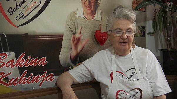 """Бабушка-блогер """"взорвала"""" Интернет"""