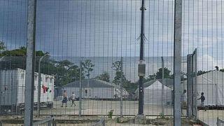 Avustralya'nın mültecileri tuttuğu kamp