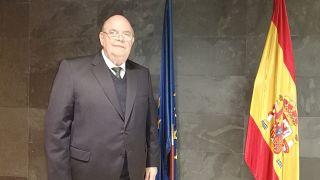 Zwei Präsidenten, zwei Botschafter: Dieser Mann vertritt Guaidós Venezuela aus einem Coworking Space
