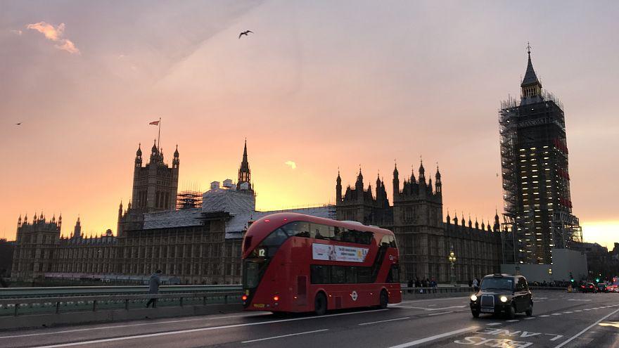 İngiltere'de binlerce Türk girişimcinin gözü kalıcı oturum davasında