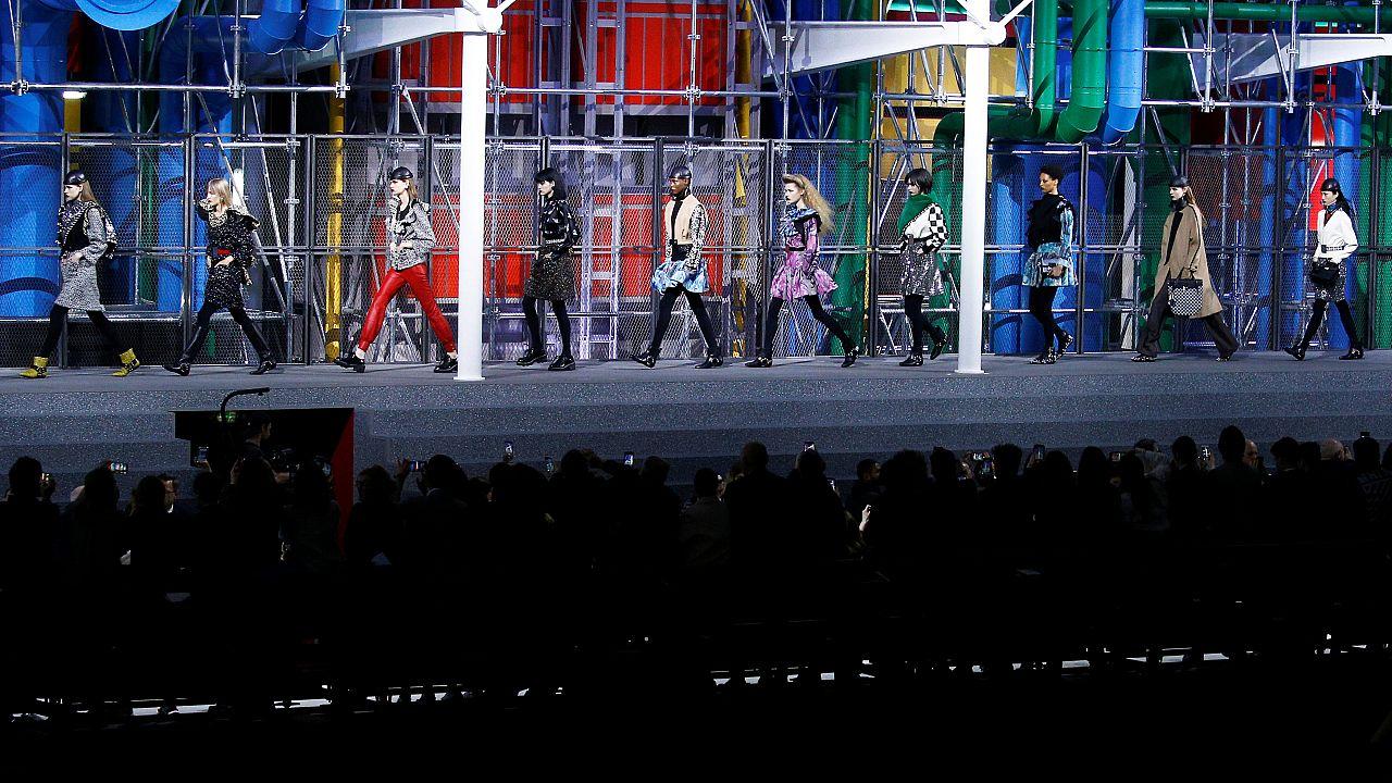 Εβδομάδα μόδας στο Παρίσι: Hermes και Louis Vuitton