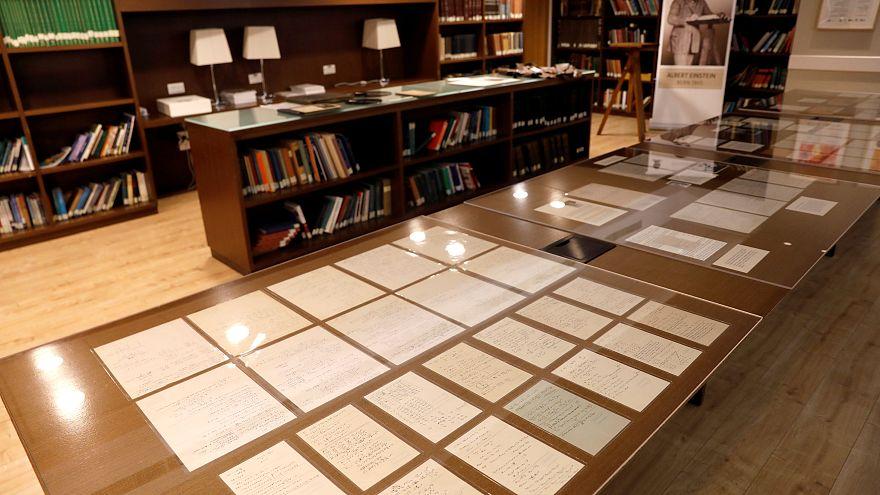 Einstein: Handgeschriebene Manuskripte und Briefe in Jerusalem zu sehen