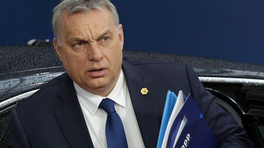 Orbán Vikto érkezik az (EPP frakcióüléséről az EU csúcsra 2018.03.22-én