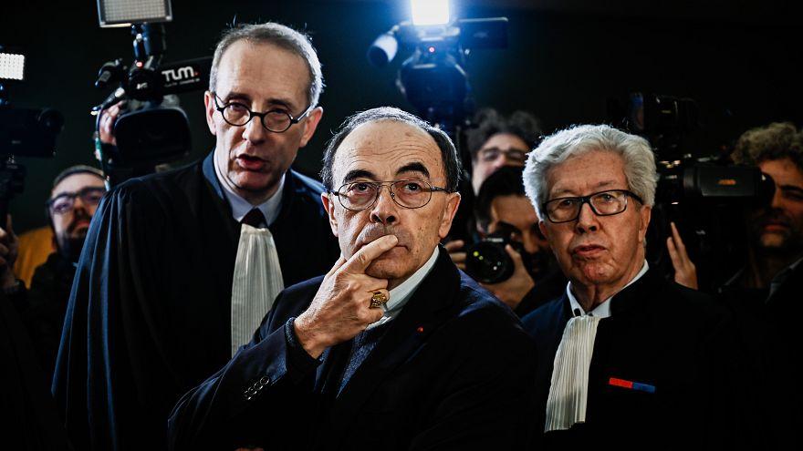 Pédophilie : le cardinal français Barbarin va présenter sa démission au pape
