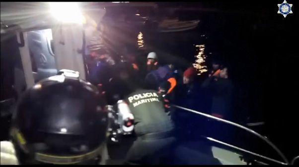 Mueren dos niños en el naufragio de un barco de migrantes en Samos