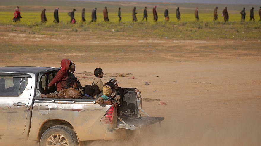 População abandona último bastião do Estado Islâmico