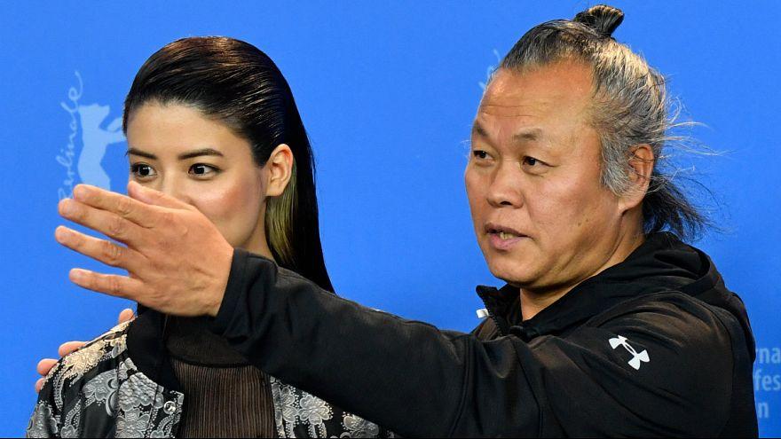 کارگردان مشهور کرهای متهم به سوءاستفاده جنسی از شاکی پرونده شکایت کرد