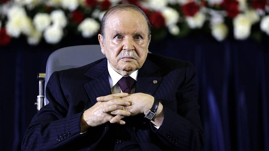 """بوتفليقة يحذر من أن """"اختراق"""" الاحتجاجات الجزائرية قد يسبب الفوضى"""
