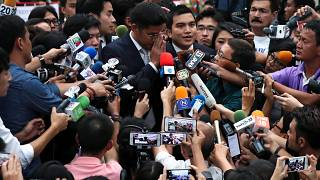 Tayland'da prensesi başbakanlığa aday gösteren muhalif partiye kapatma kararı