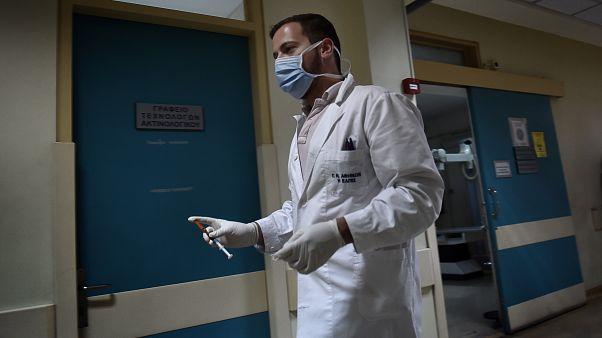Ελλάδα: Στους 111 οι νεκροί από τη γρίπη