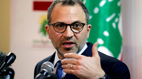 لبنان يحذر قبرص واليونان وإيطاليا من انتهاك سيادته بمشروع مد أنابيب غاز