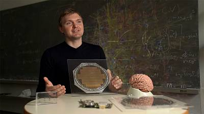 Can we make a computer like the human brain?