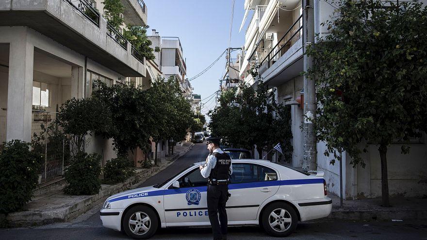 Αθήνα: Έφοδος της αστυνομίας σε συνδέσμους οπαδών