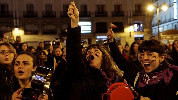 Dia Internacional da Mulher com protestos globais