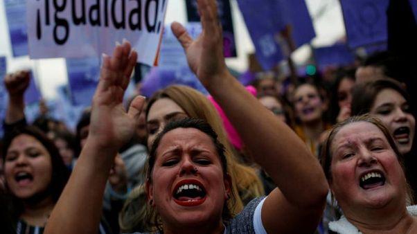 Παγκόσμια Ημέρα Γυναίκας: Στους δρόμους οι γυναίκες σε όλη την Ευρώπη