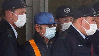 Les Japonais se moquent de Ghosn, déguisé en ouvrier à sa sortie de prison