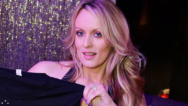 ممثلة أفلام إباحية تخسر دعوى قضائية ضد ترامب