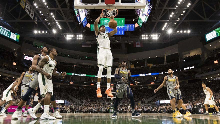 NBA: Σαρωτικός για ακόμα μια φορά ο Αντετοκούνμπο