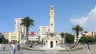 31 Mart yerel seçimleri: İzmir'de AK Parti, CHP, MHP'nin oyu ne kadar? Anketler ne diyor?