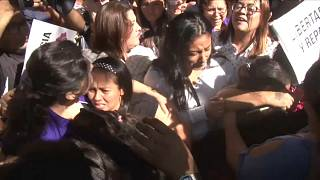 Liberadas tres guatemaltecas presas por abortar