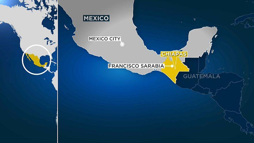 Dutzende Migranten sterben bei LKW-Unfall