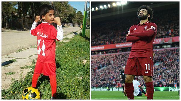 شاهد: طفل إيراني أبهر العالم بتقليد محمد صلاح يوجه له رسالة جديدة