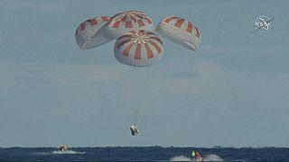 SpaceX'in insanlı uzay yolculuğu için denenen kapsulü Florida kıyılarına indi