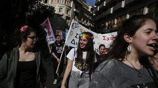 Ελλάδα: Φεμινιστική απεργία και πορεία υπέρ της ισότητας