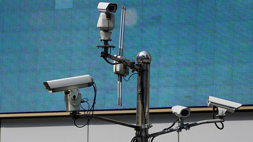 """اكتشاف كاميرات خفية في شقق تؤجرها شركة """"آير بي أن بي"""" الأمريكية"""