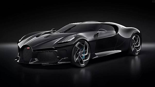 """""""La Voiture Noire"""" présentée par Bugatti à Genève"""